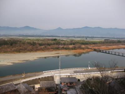 川島城跡からの粟島(善入寺島)